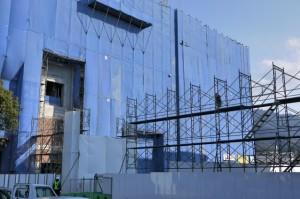 新病院建設の進捗状況並びに駐車場について